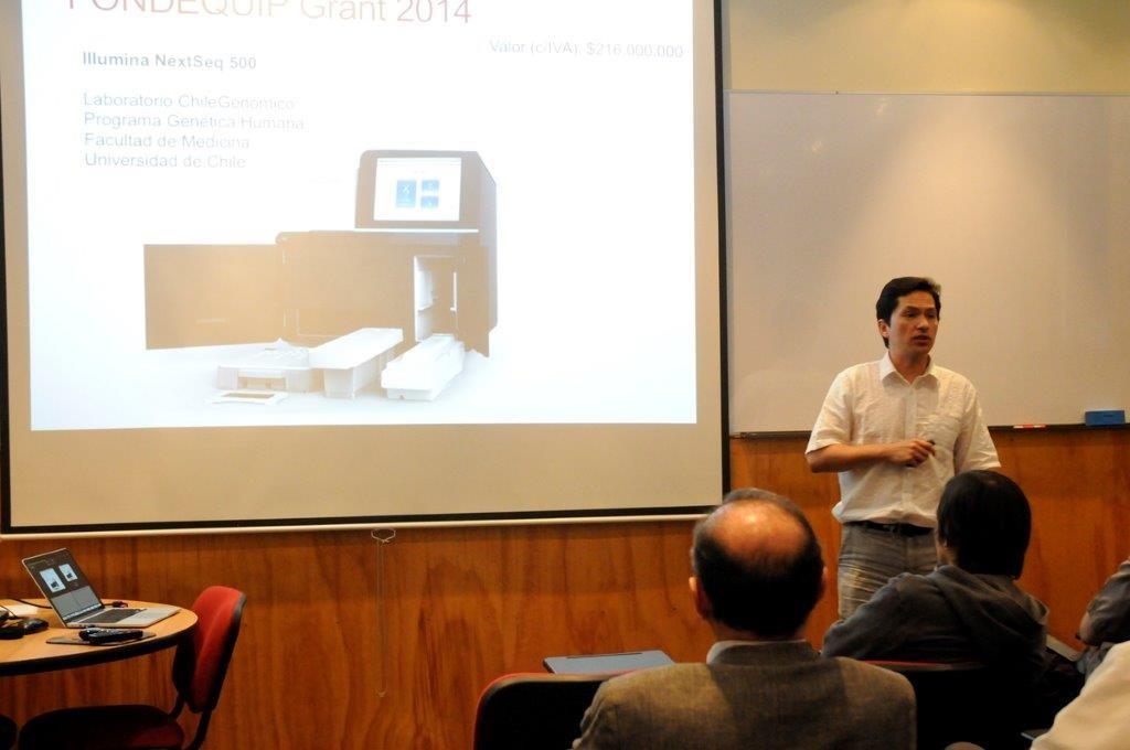 Dr. Ricardo Verdugo, presenting the project